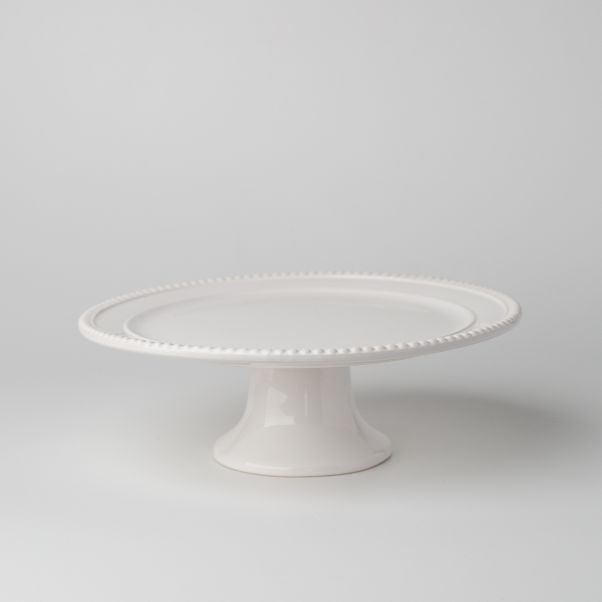 White Porcelain Wedding Cake Stand